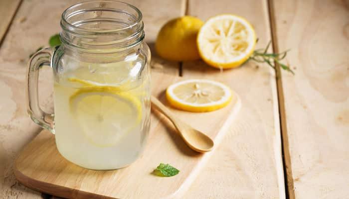 Beneficios de beber agua con limón para la salud