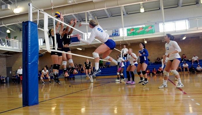 el juego de voleibol