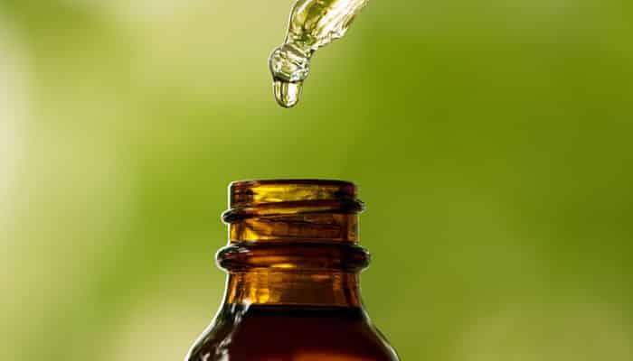 el aceite de clavo