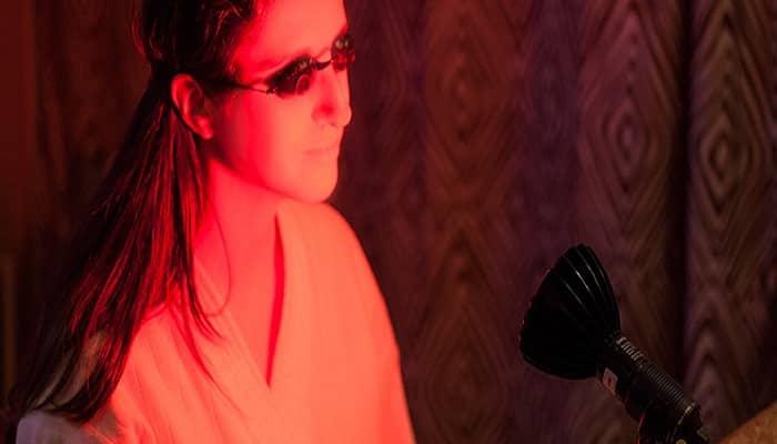 beneficios de la terapia con luz roja