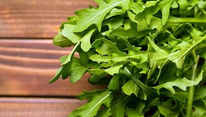 Beneficios De Las Hojas De Rúcula Silvestre